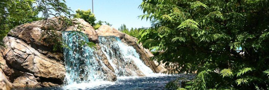 Putters Peak Small Waterfall